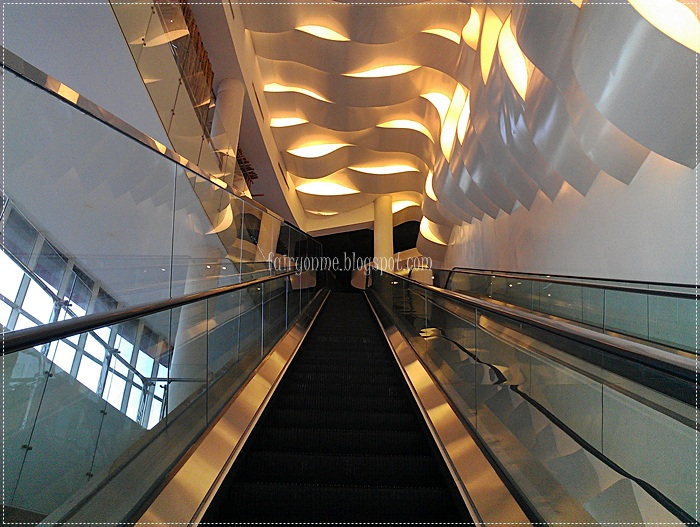 ciworld-escalator