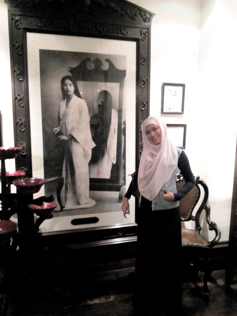 Lukisan_hotel_tugu