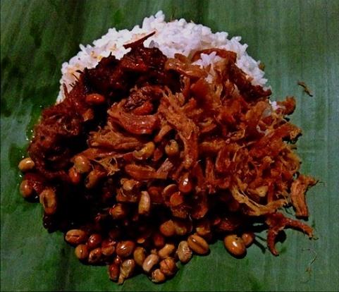 Nasi-Balap-Puyung-Cap-Inaq-Esun