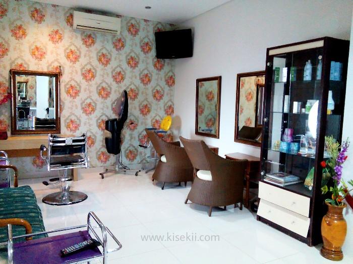 Ruangan-manicure-pedicure
