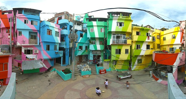 Favela-colorful