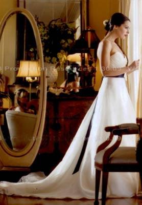 Sasha-Baresse-wedding-dress