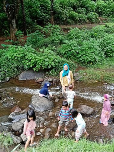 aliran sungai di Bedangan Malang