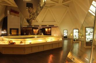 museum-sepuluh-november-surabaya